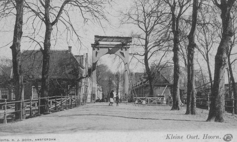 Kleine Oostbrug met sluis